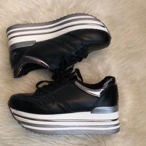 GLISTER platform shoes